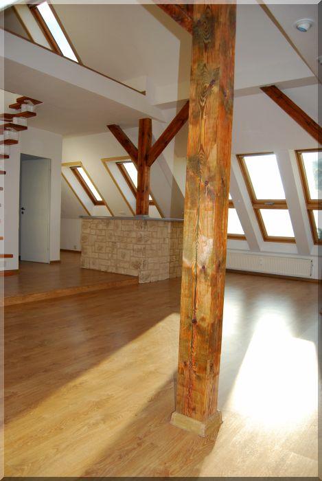 bilder dachwohnung versicherungs mehrfach agentur frank. Black Bedroom Furniture Sets. Home Design Ideas